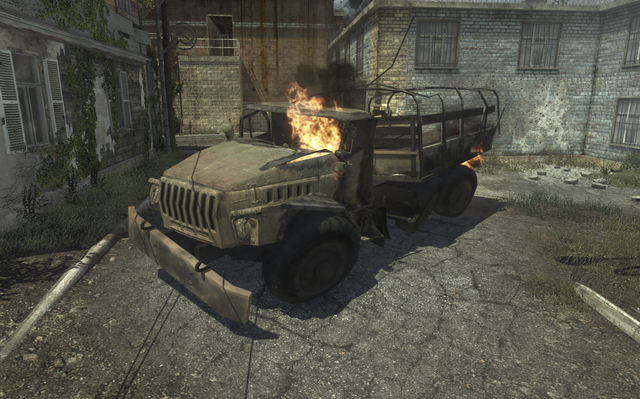 File:Destroyed Ural-4320 Fallen MW3.png