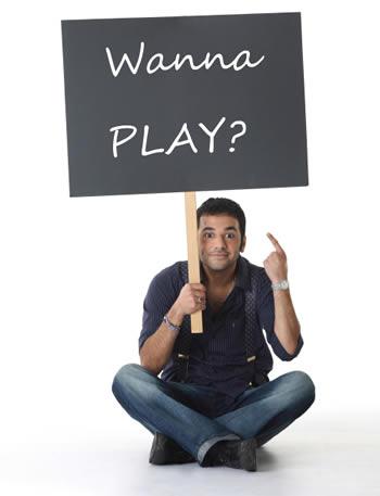 File:Play online.jpg