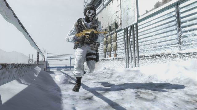 File:AdvancedRookie Summit soldier running with gold Famas.png