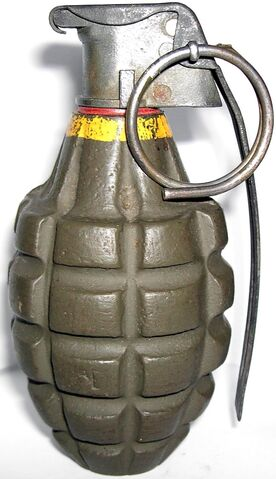 Archivo:Mk. 2 Hand Grenade.jpg