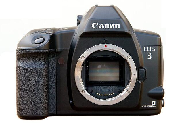 File:Canon EOS-3.jpg
