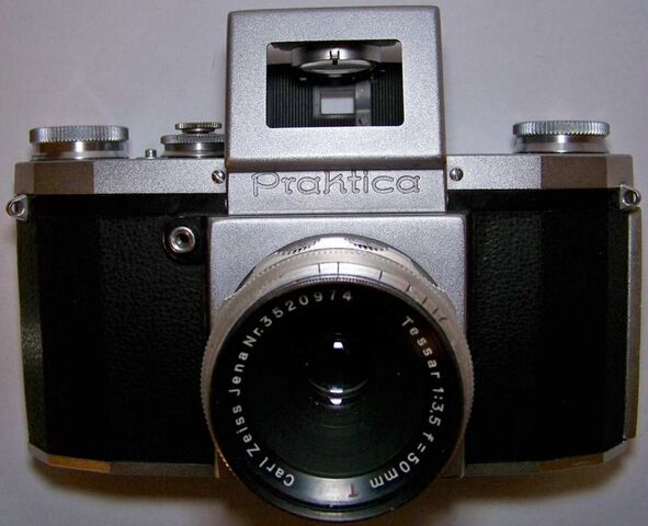 File:Praktica1950 MM04.jpg