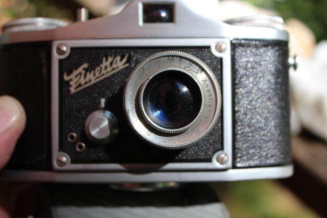 File:German cameras 051.jpg