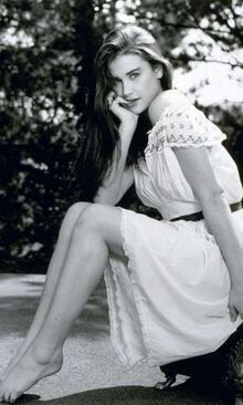 Young-demi-moore-in-white-dress-photo-u1