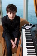 Greyson-chance-2012-hong-kong-1