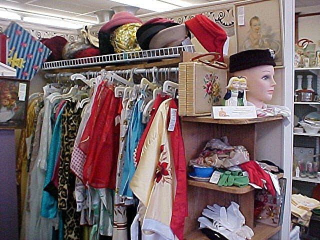 File:Vintage clothes sp 62.jpg
