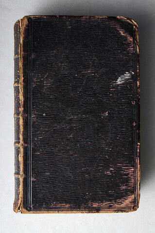 File:2010 1108 - Old Books 1.jpg