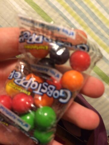 File:Gobstopper mini candy.jpeg