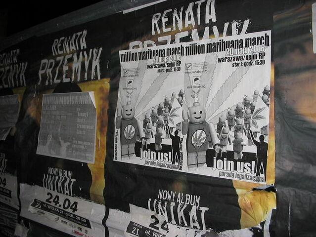 File:Warsaw 2006 GMM 3.jpg