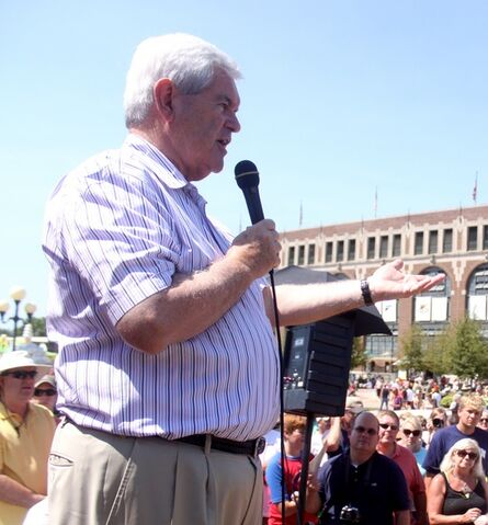 File:Newt Gingrich 12 August 2011 Des Moines, Iowa.jpg