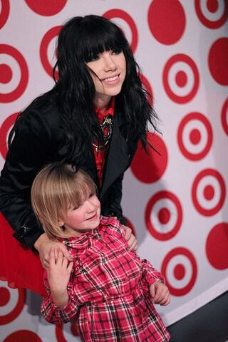 File:Carly with Young Fan.jpg