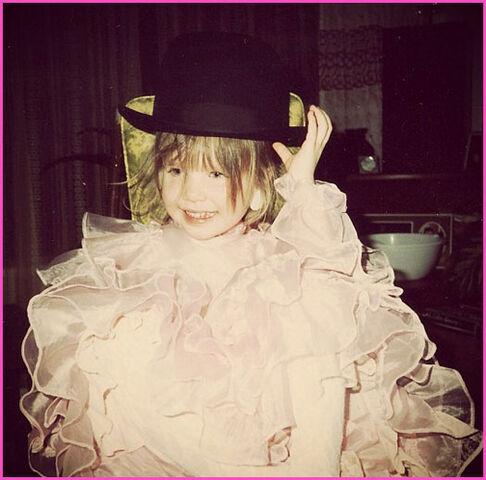 File:Young Carly.jpeg
