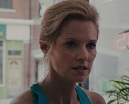 File:EleanorSnell-Carrie2013.png