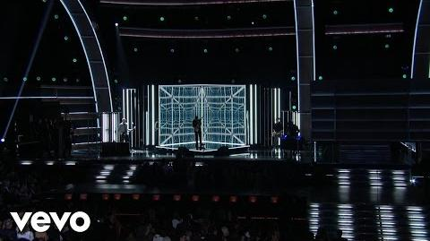 Keith Urban - The Fighter (Grammy Performance) ft. Carrie Underwood