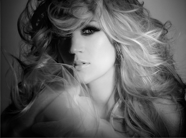 File:Carrie-blown-away-carrie-underwood-30713653-722-535.png