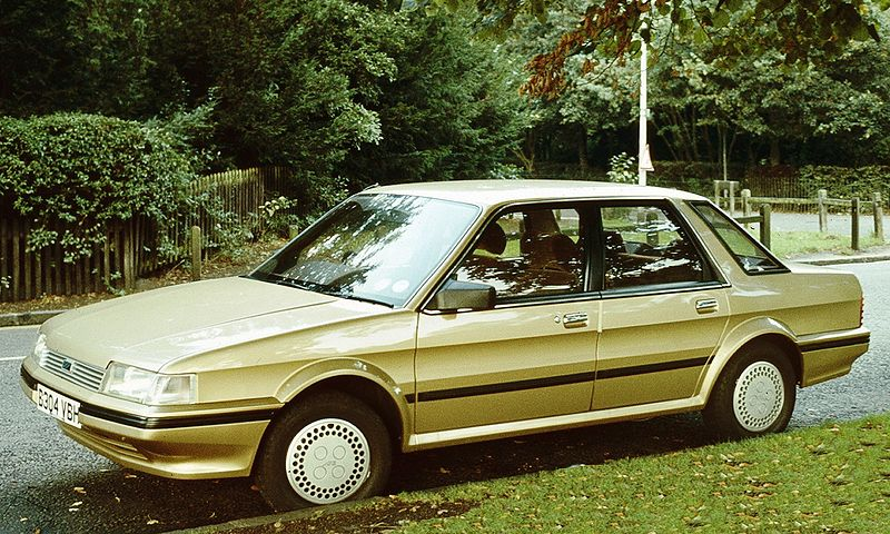 800px-Austin Montego gold 1984-1-
