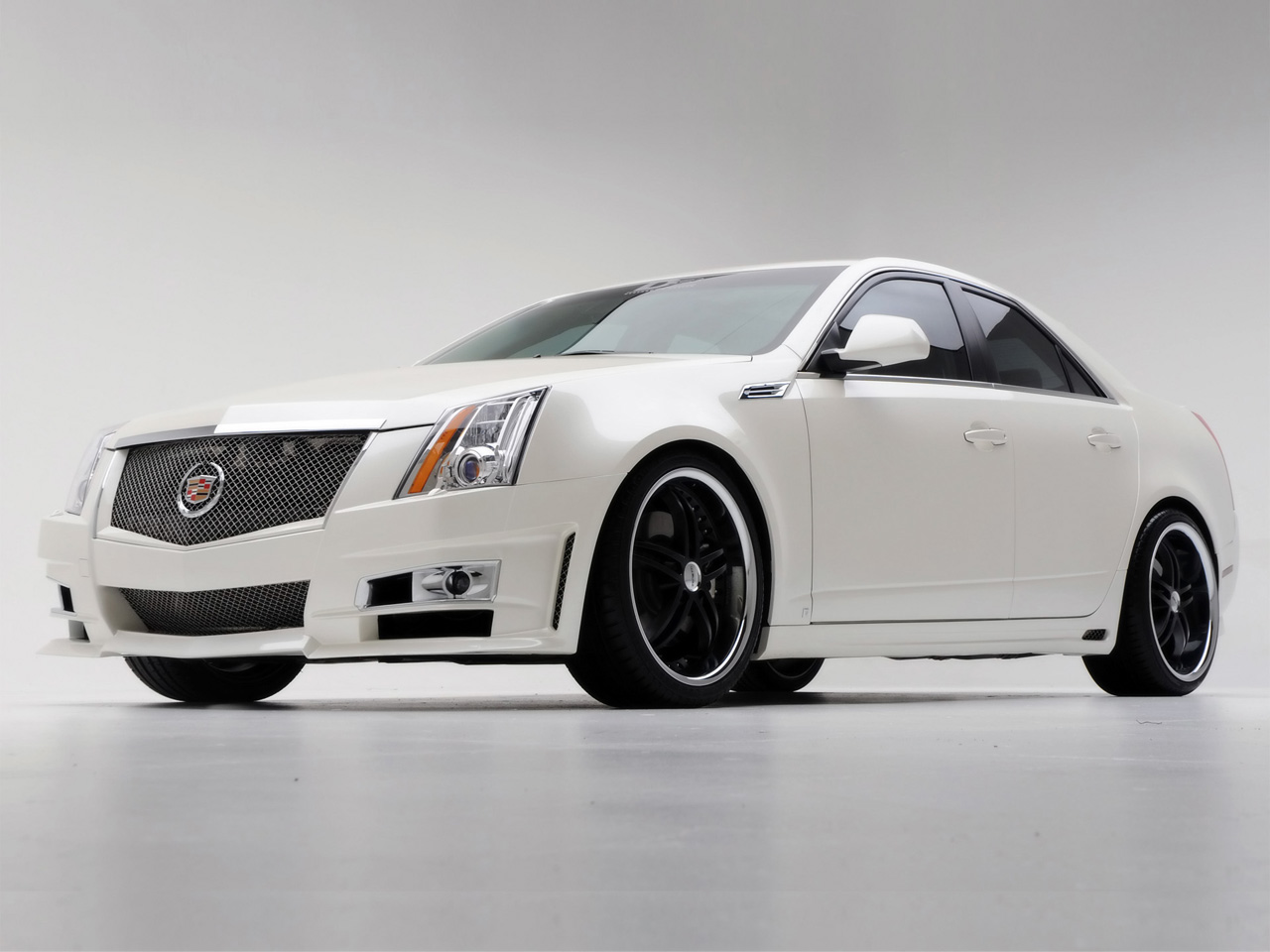 2008-D3-Cadillac-CTS-Front-And-Side-1280x960-1-