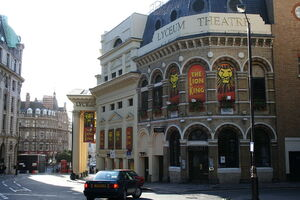 Lyceum Theatre 2-side view