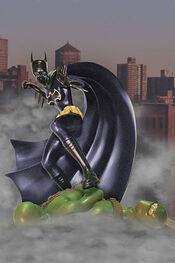 DC-Direct-Batgirl-statue-4