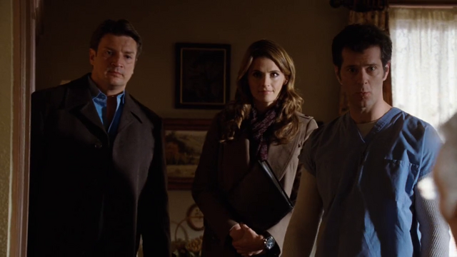 File:Frankie introduces Caskett to the Maddoxes.png