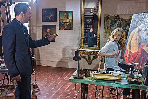 File:009 The Woman episode still of Sherlock Holmes and Irene Adler.jpg