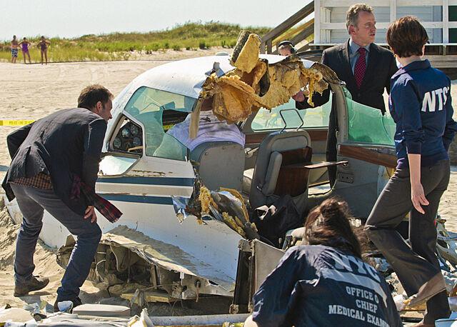 File:002 Flight Risk episode still of Sherlock Holmes and Tommy Gregson.jpg