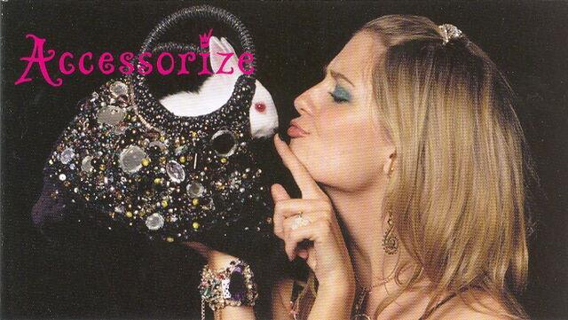 File:Mischa accessorize 2005 8.jpg