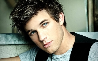 File:Matt-lanter320x240-1.jpg