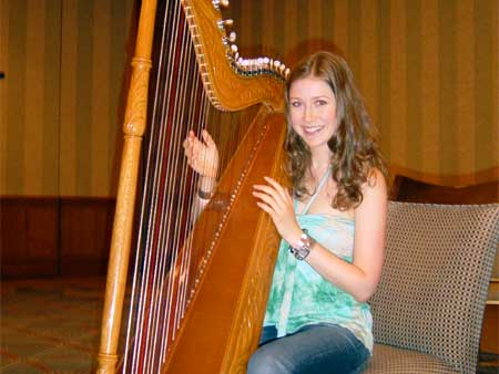 File:Hayley with the harp.jpg