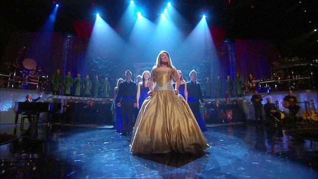 File:Chloë Agnew in front of the choirs.jpg