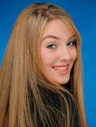 Chloë Agnew 9