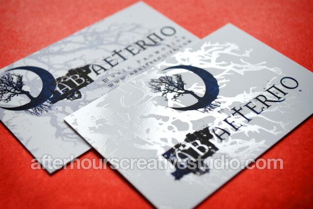 File:Spot-gloss-business-cards.jpg