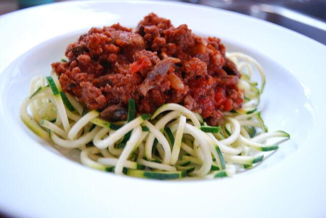 File:Zucchini-pasta.jpg