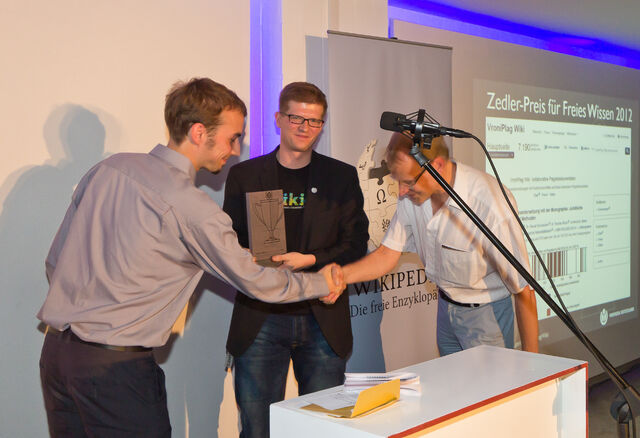 File:Zedler-award 2012-4718.jpg