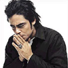 File:Benicio del toro 017 hollow art.jpg