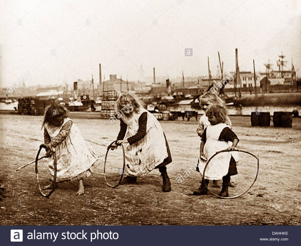 File:Children-playing-with-hoops-victorian-period-DAHHKE.jpg