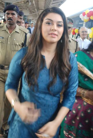 File:Hansika-at-chennai-food-bank-s-divine-journey-stills-3af6b2c2.jpg