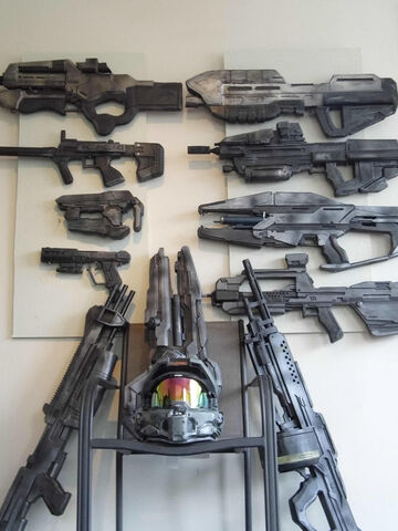 File:Halo Cosplay Guns.jpg