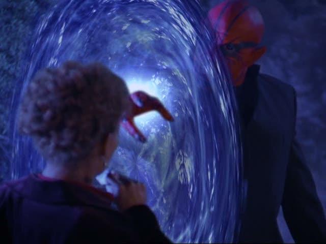 File:Belthazor breaking through janna's amulet.jpg