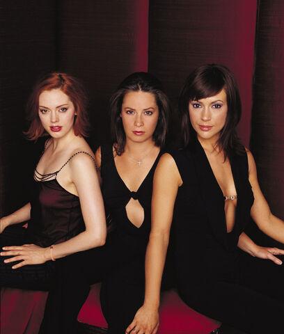 Fichier:Charmed Season 5 promotional.jpg