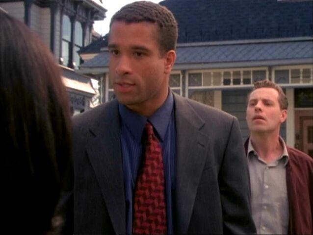 File:1x15-Darryl.jpg