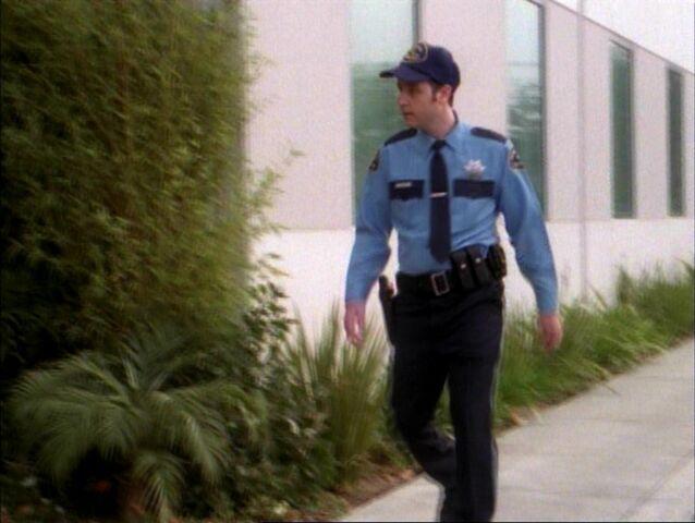 File:1x14-Officer.jpg