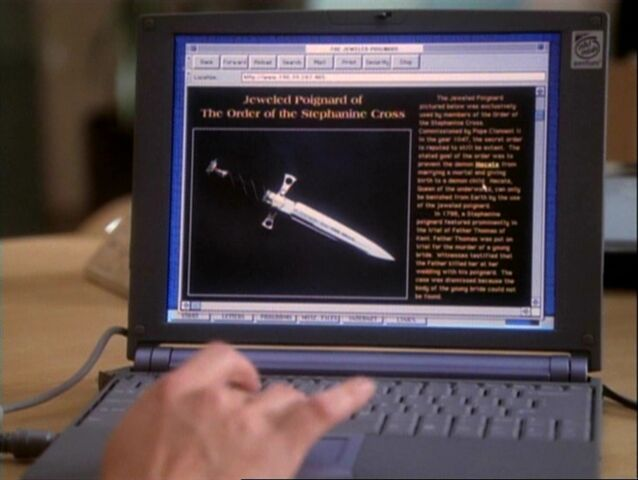 File:1x06-Poignard Website.jpg