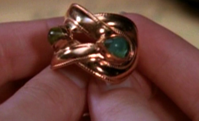 Фајл:Ring-Victor.png