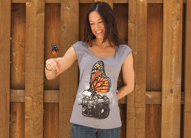 File:Melinda and the butterfly.jpg