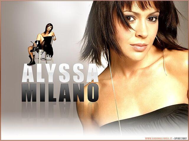 File:Alyssa Milano-Phoebe 121.jpg