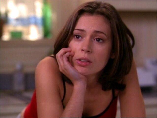 File:1x16-Phoebe.jpg
