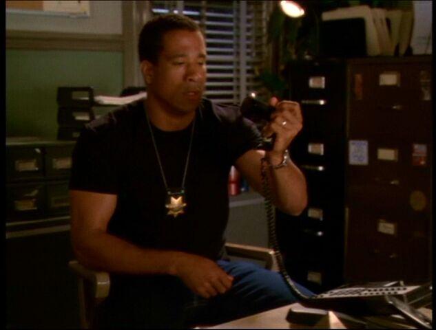 File:Darryl breaks phone.jpg