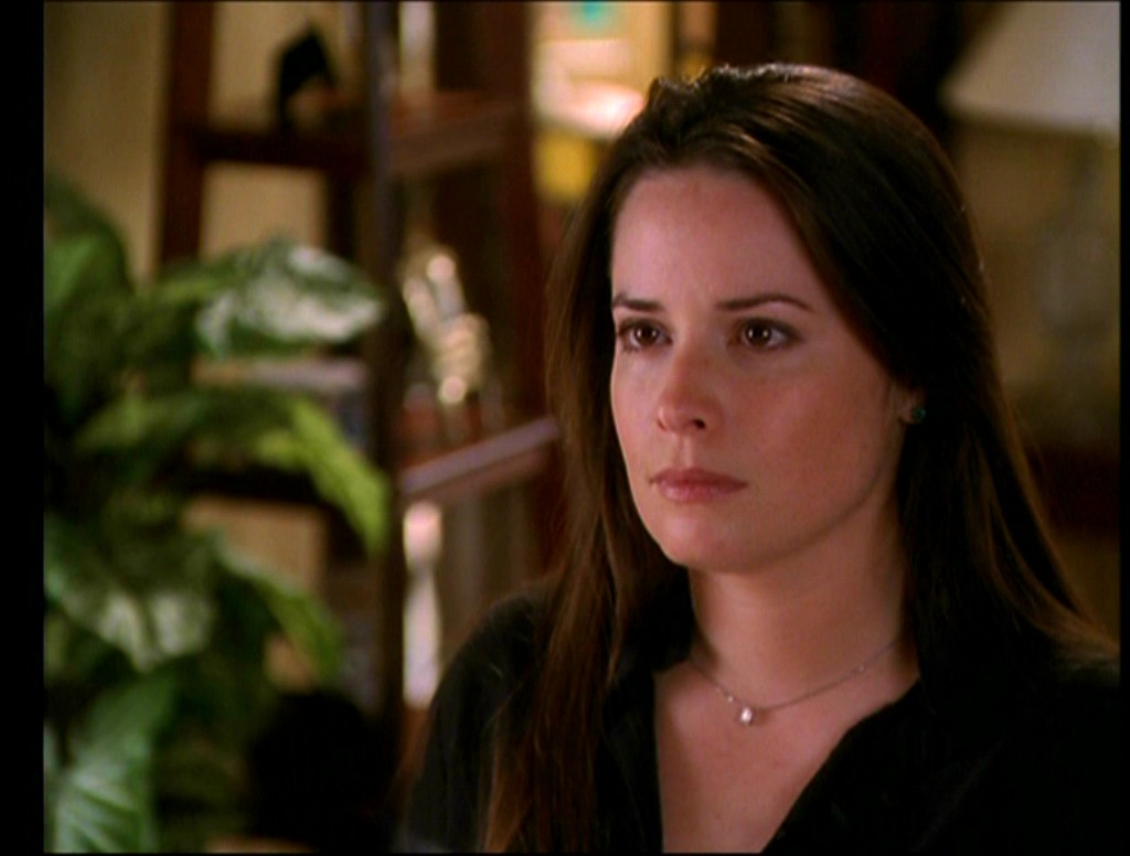 Pin by Damon Salvatore on Charmed!!! | Charmed, Piper, Hair