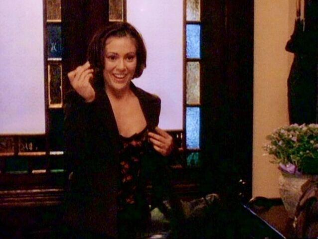 File:Phoebe Poor.jpg